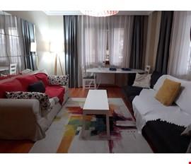 Kendine ait oda + çalışma odası + geniş ve temiz bir ev